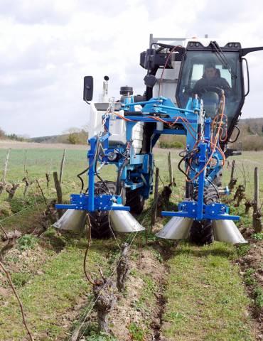 Vitiflam sur tracteur enjambeur
